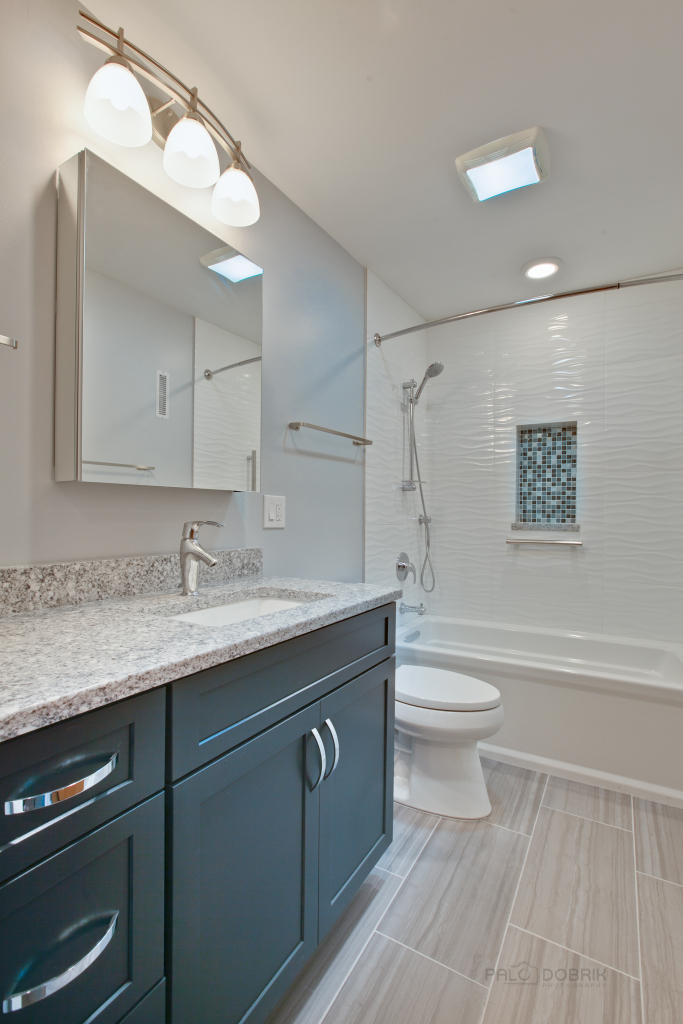 Small Bathroom Big Feel Blog Masters Kitchen Amp Bath
